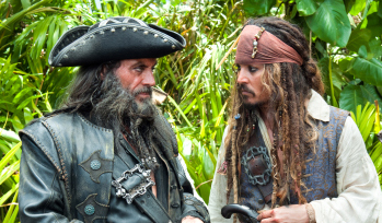 jack sparrow y barbanegra